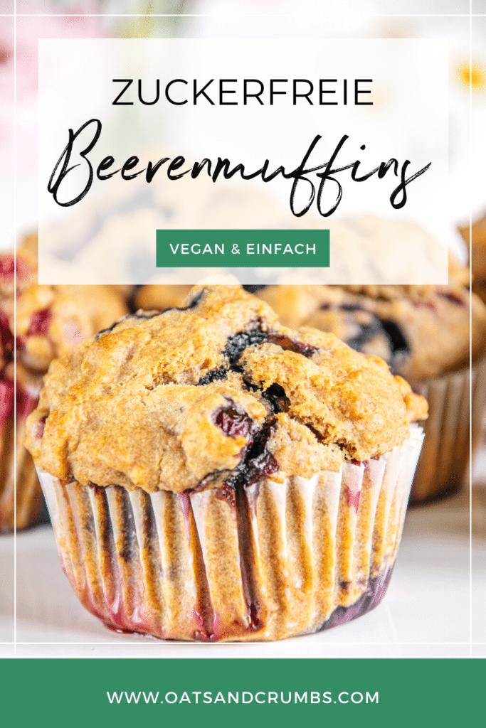 Pinterest-Grafik für vegane zuckerfreie Beerenmuffins